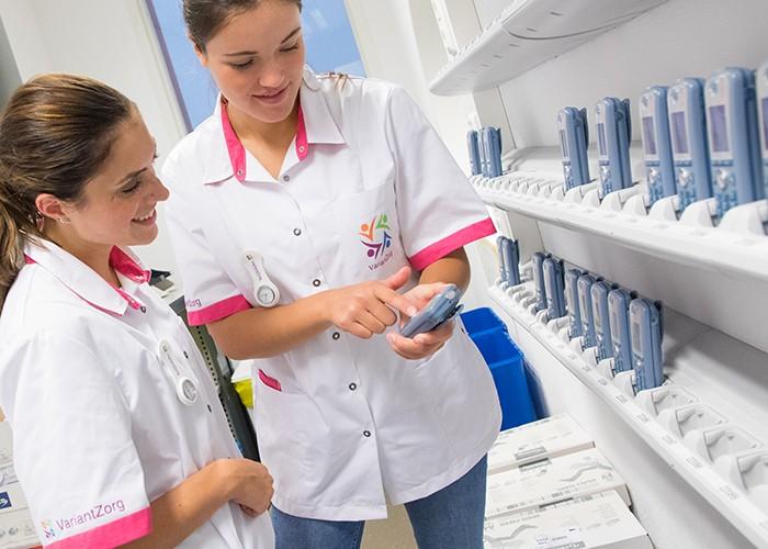 afbeelding zorgsector verplegend personeel