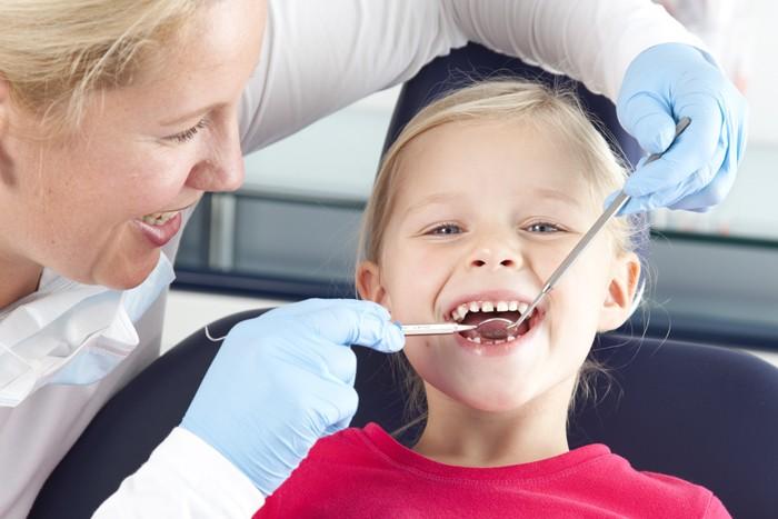 in de tandartsstoel voor reclame Elmex