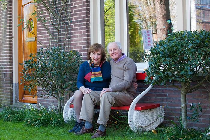 Ouderen die thuis zitten vanwege Corona